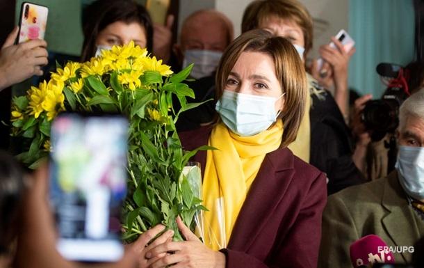 Первая женщина. Выборы в Молдове и УкраинаСюжет